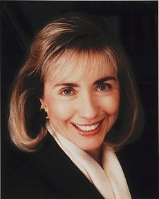 Formal color portrait of Clinton, 1992