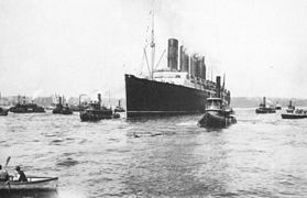 Lusitania arriving in New York 3.jpg