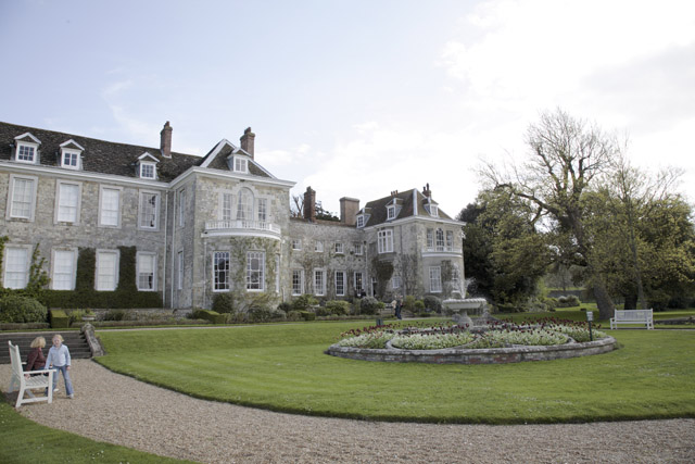 File:Firle Place.jpg