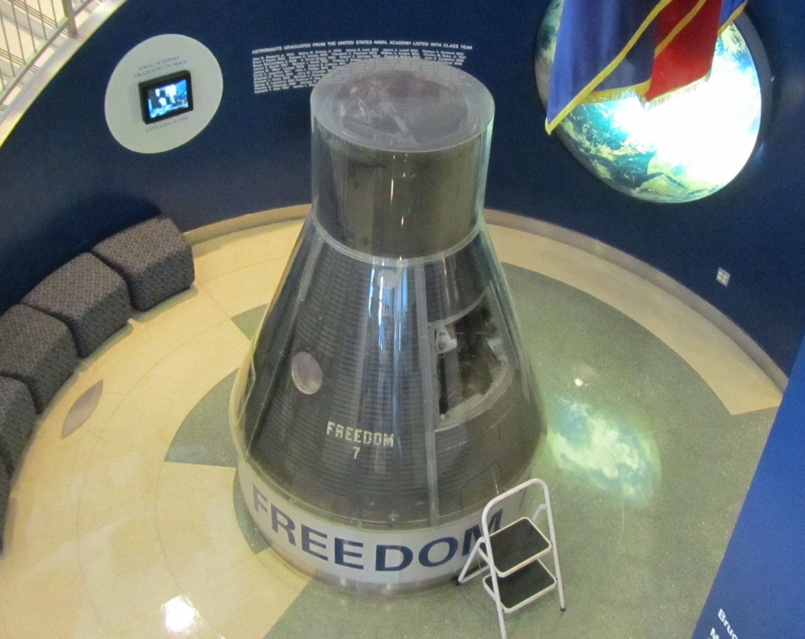 Mercury-Redstone MR-3/Freedom 7 - (05.05.1961) Freedom_7_U.S._Naval_Academy