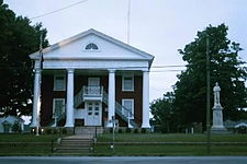 Lunenburg Courthouse.jpg