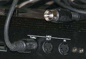 MIDI connectors and a MIDI cable