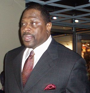 Patrick Ewing Magic cropped.jpg