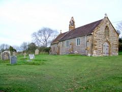St Nicholas Church, Hilfield - geograph.org.uk - 1570983.jpg