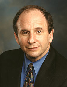 Paul Wellstone, official Senate photo portrait.jpg