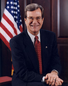 Trent Lott official portrait.jpg
