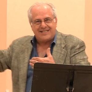 Professor Richard D Wolff screengrab from Democracy At Work's 'Global Capitalism, A Looming Crisis -OCTOBER 2016-' (2016-10-12) YouTube videoID-5hYKgyUU024 @6m52s cropped 500x500.png