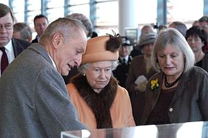 Queen Elizabeth II with Richard Rogers and Sue Essex.jpg