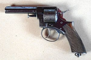 Silver-coloured revolver, facing left (unlike two pictures above)