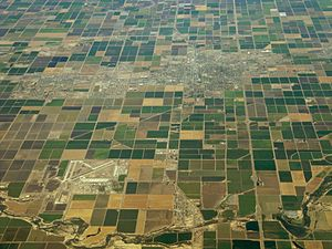 aerial view of the Imperial valley showing the pattern of irrigation