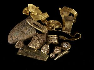 Staffordshire hoard annotated.jpg