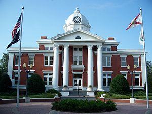 Pasco Cty Courthouse Dade City.jpg