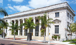 Sidney and Berne Davis Art Museum in downtown Fort Myers