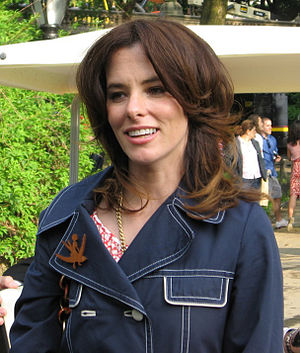 Parker Posey @ Fox Upfronts 2007 02 (cropped).jpg