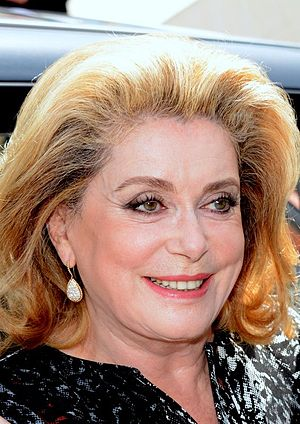 Catherine Deneuve Cannes 2014 2.jpg