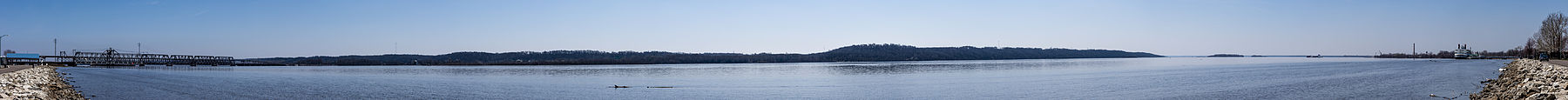 Panorama of Mississippi River, taken from the shore of the river at Riverview Park in Fort Madison, Iowa