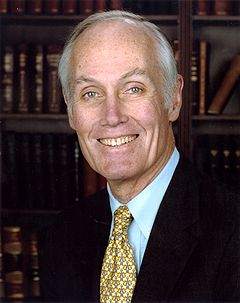 Slade Gorton, official Senate photo portrait.jpg