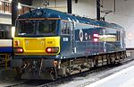 92038 stabled in centre-roads Euston.jpg