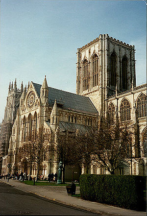 York Minster close.jpg