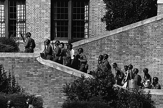 101st Airborne at Little Rock Central High.jpg