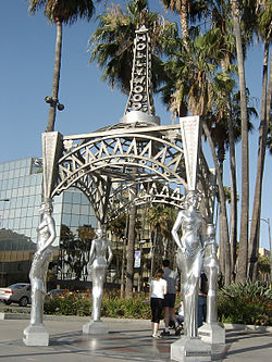 The Four Ladies installationat the Hollywood Boulevard–La Brea Avenue Gateway