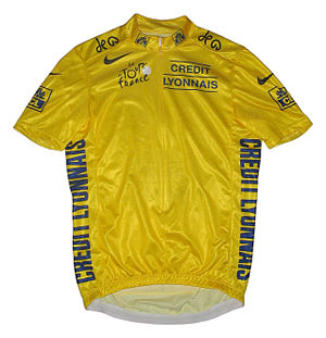 "A yellow jersey, imprinted with the texts ""Credit Lyonnais"" and ""Tour de France""."