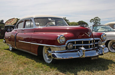 Cadillac Fleetwood - Flickr - exfordy.jpg
