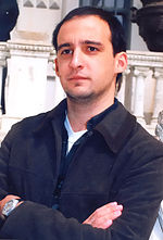 A photo of Alejandro Amenábar attending the 1998 premiere of Tesis.