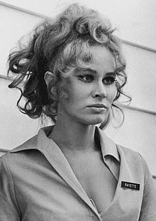 Karen Black Five Easy Pieces 1970.jpg