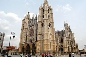 León's gothic Cathedral, also called The House of Light or the Pulchra Leonina