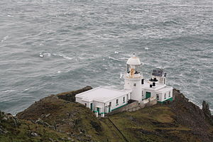 Lundy Island North lighthouse.jpg