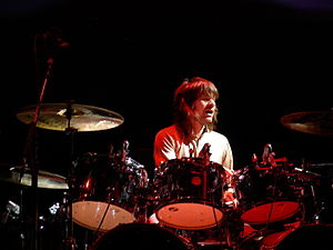 Zak Starkey playing drums